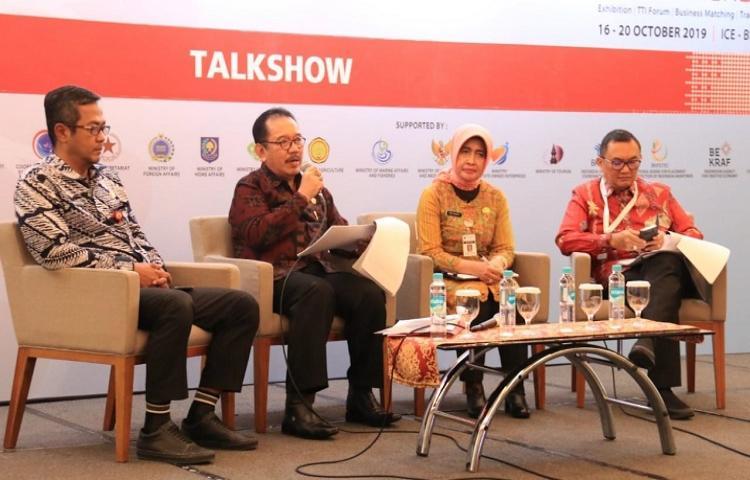 Bicara-di-Forum-Nasional-Wagub-Cok-Ace-Paparkan-Potensi-dan-Tantangan-Pembangunan-Bali.html