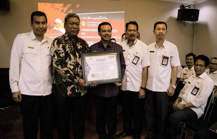 Biro-Pengadaan-BarangJasa-Setda-Provinsi-Bali-Raih-Sni-Iso-370012016-Sistem-Manajemen-Anti-Penyuapan.html