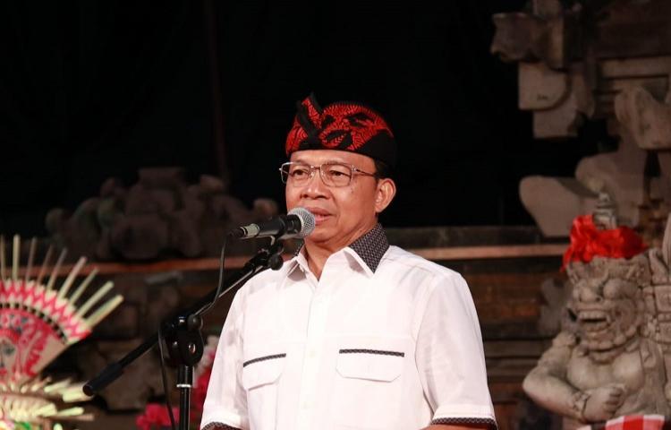 Gubernur-Koster-Berharap-60-Persen-Penduduk-Bali-Siap-Bertani.html