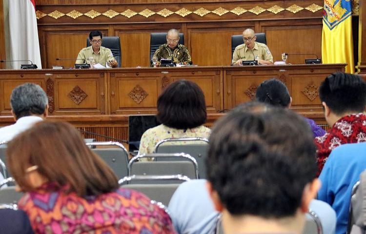 Rumuskan Pergub Tentang Energi Bersih, Gubernur Koster Lakukan Konsultasi Uji Publik