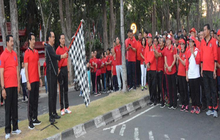 Sambut Hari Jadi Provinsi Bali ke 61, Seluruh OPD Pemprov Bali Tumpah Ruah Ikuti Jalan Sehat
