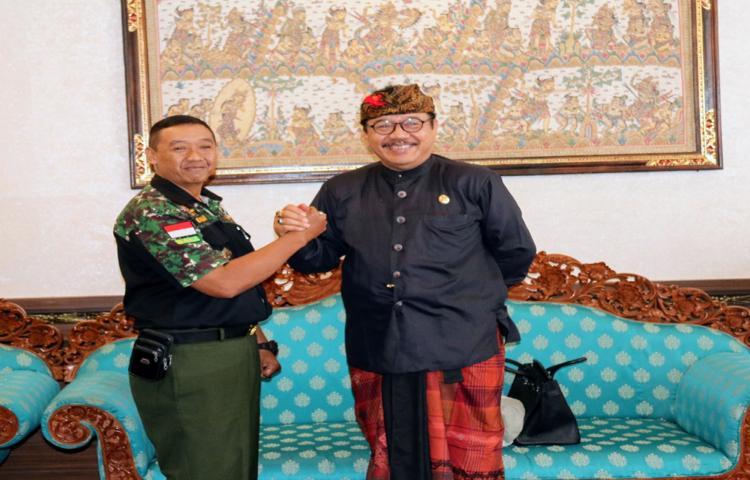 Wagub Cok Ace Minta HIPAKAD Turut Jaga Keamanan  Bali